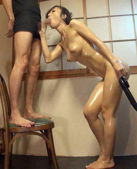 巨乳淫乱の美脚婦人  サンプル画像 11